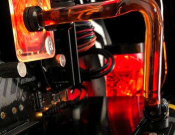 Progetto Cougar Conquer Black/Orange Build by iFr0z3n - HW Legend