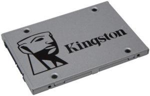 001-kingston-uv400-ssd-copertina