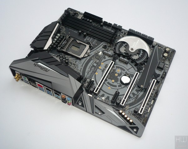 036-asrock-z390-taichi-ultimate-foto-scheda-fronte-large