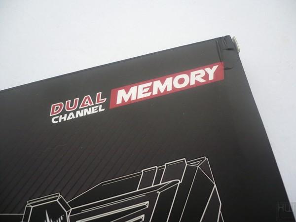 008-inno3d-ichill-memory-ddr4-foto-confezione-fronte-dettagli
