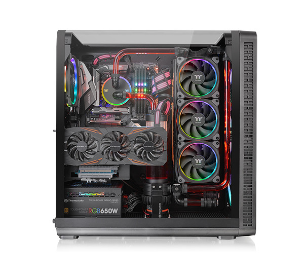 019-thermaltake-view37-riing-edition-specifiche-foto-esempio-integrazione
