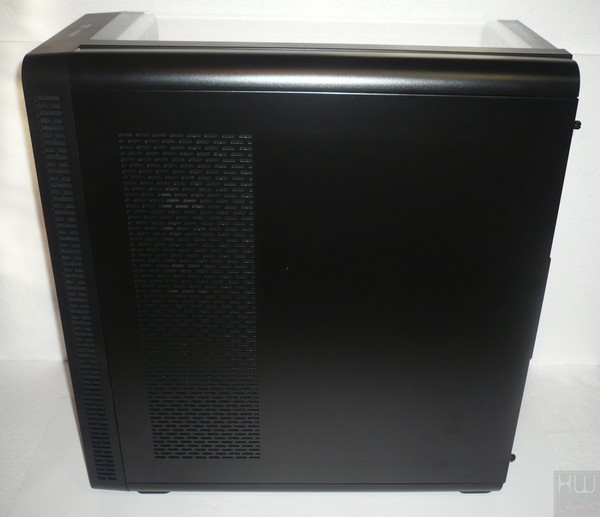 042-thermaltake-view37-riing-edition-foto-case-laterale-destro