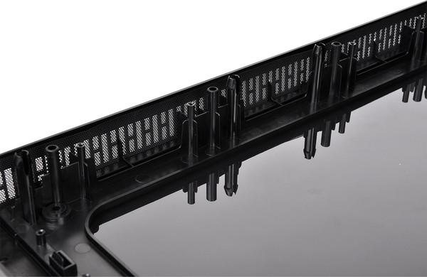 047-thermaltake-view37-riing-edition-foto-case-pannello-frontale-dettaglio-filtro